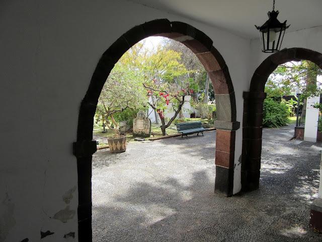 arches in museum Quinta das Cruzes