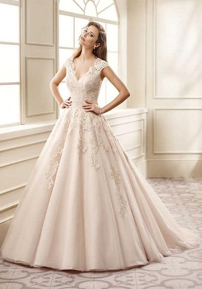 model gaun pengantin internasional