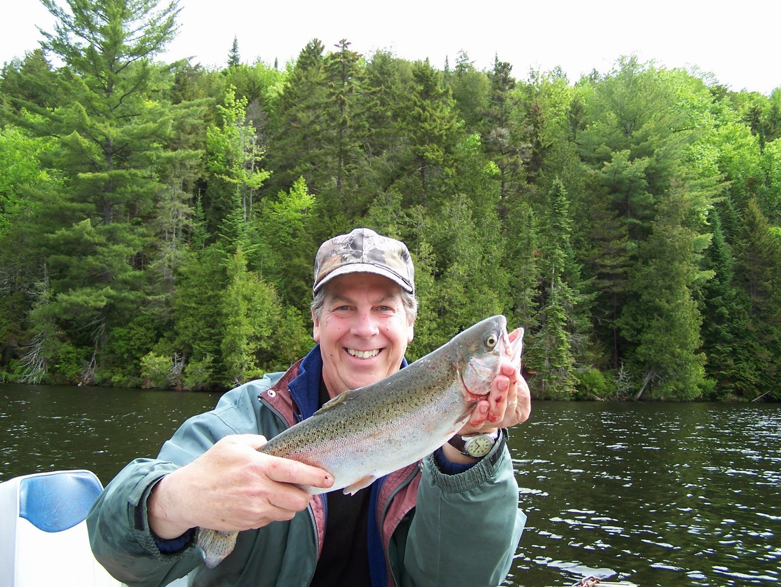 Parlons pêche,Pêche truite, lac blanc, pourvoirie truite, pourvoirie du lac Blanc, Daniel Lrfaivre