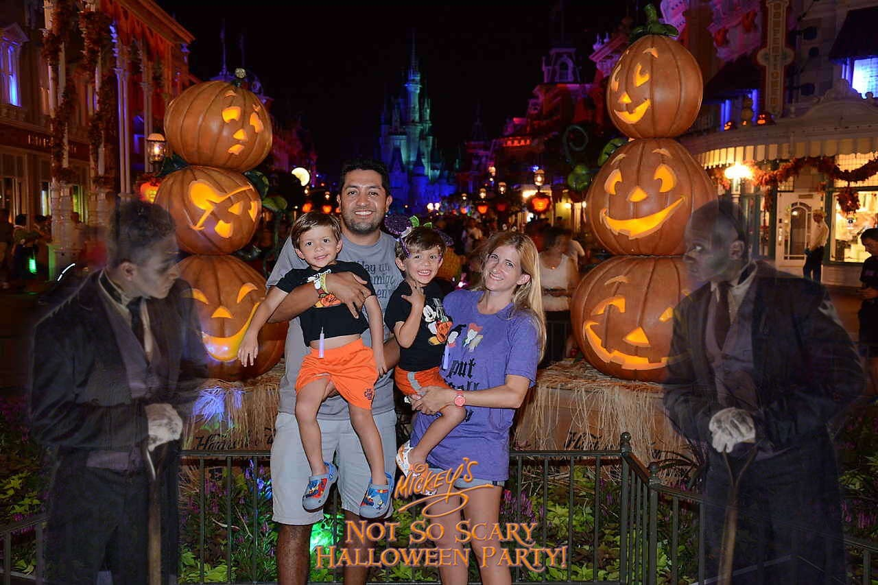 When Tara Met Blog: Tips For Mickey's Not-So-Scary Halloween Party