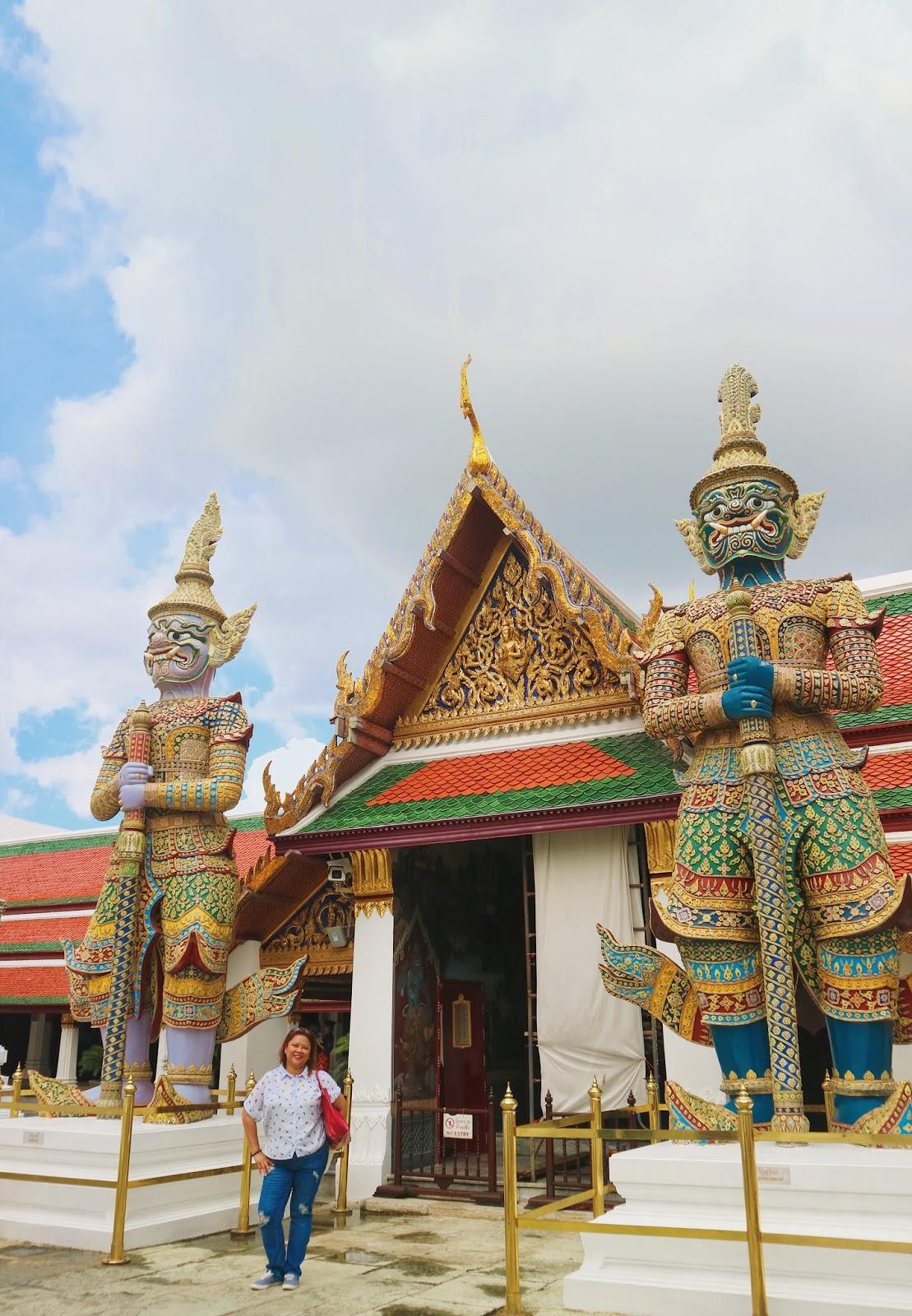 gigantic statues