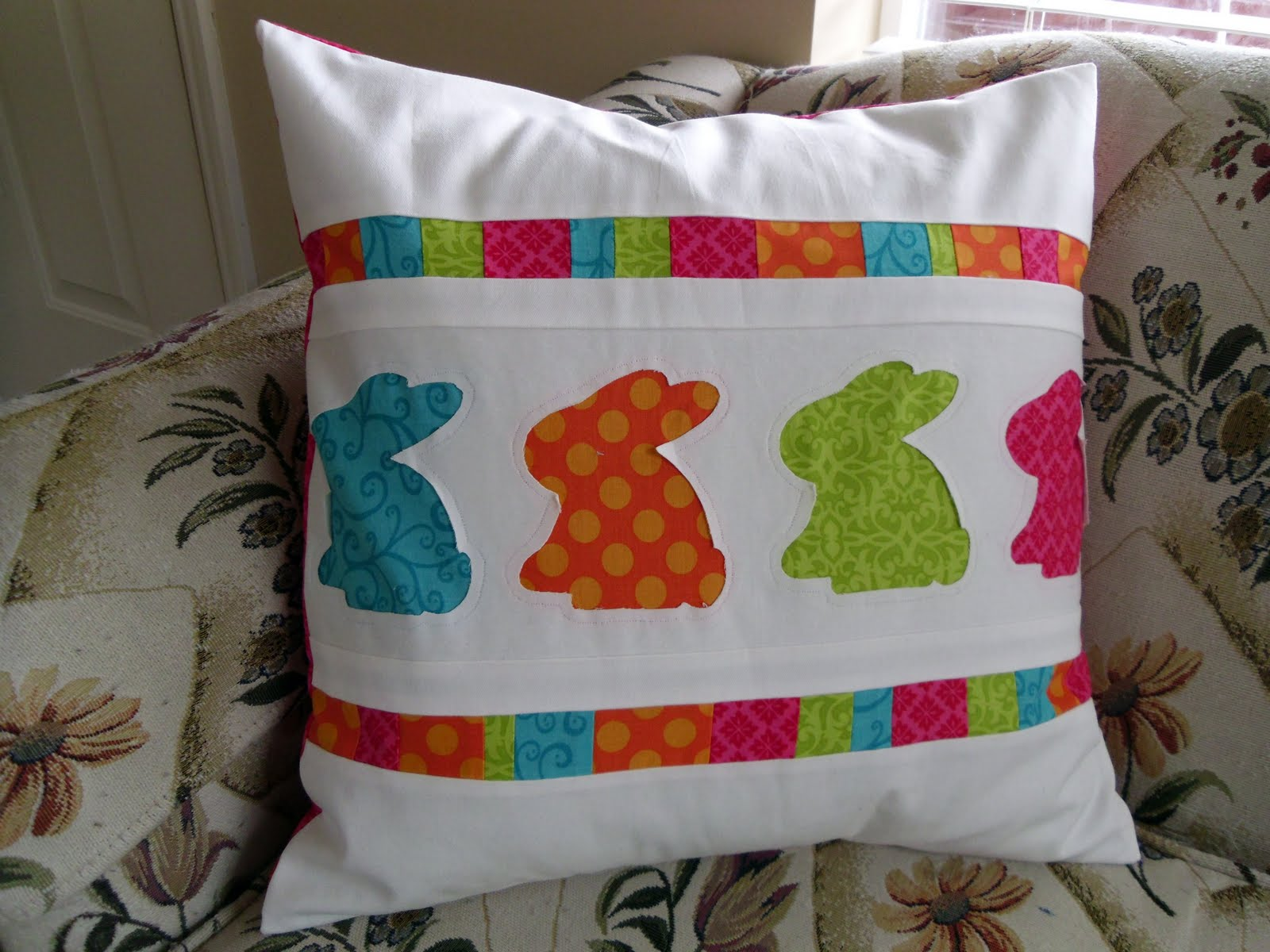 Ameroonie designs: bunny hop pillow
