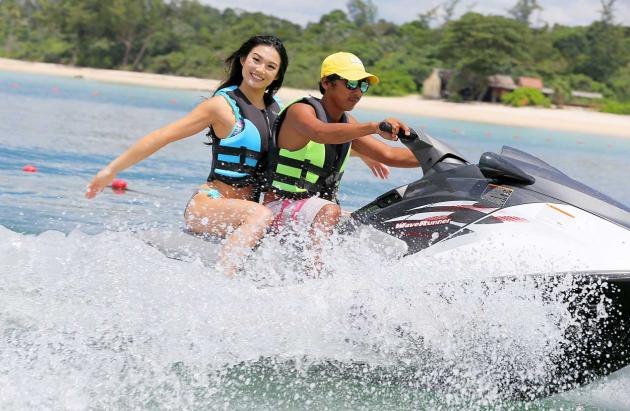 Cheryl Chou, 20, had her bikini photo shoot done on a jet ski.