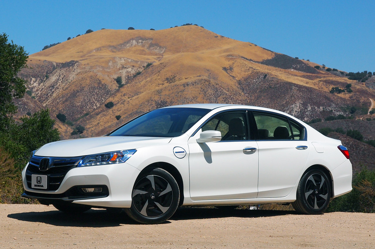 automotiveblogz 2014 honda accord plug in hybrid first drive photos. Black Bedroom Furniture Sets. Home Design Ideas