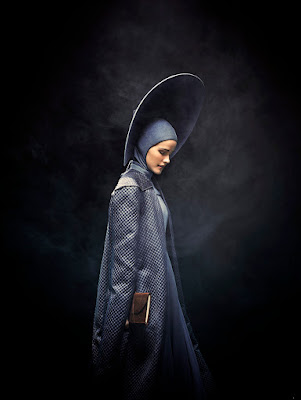 Emerald City Series Isabel Lucas Promo Photo (95)