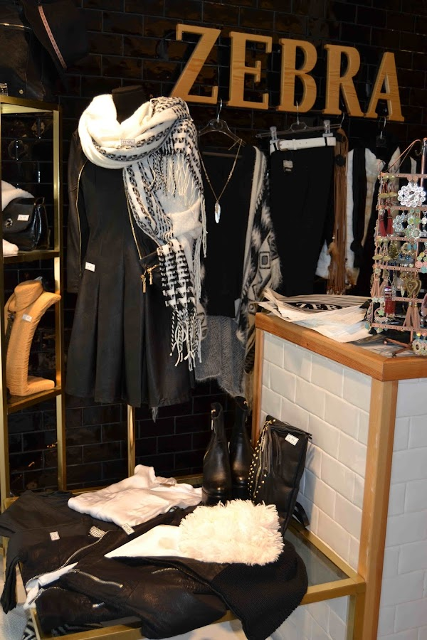 """Zebra tienda de ropa Manresa"""