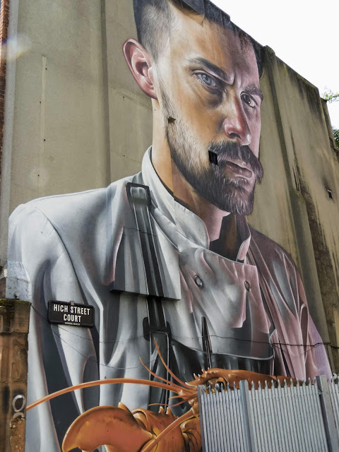 Why visit Northern Ireland from Dublin: Belfast Street Art