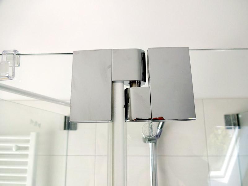 1 die duschabtrennung im bad ist komplett bautagebuch isernhagen. Black Bedroom Furniture Sets. Home Design Ideas