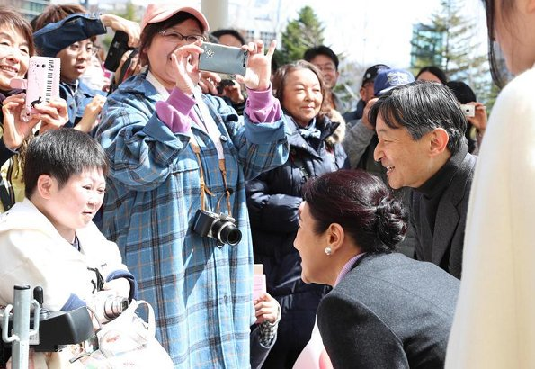 Crown Prince Naruhito, Crown Princess Masako and their daughter Princess Aiko went to Nagano Prefecture for their traditional annual spring holiday