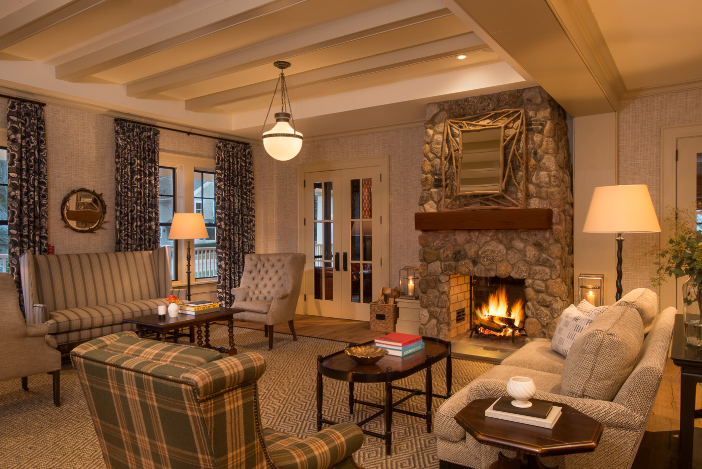 Taconic hotel manchester vermont popular new york city for The family room vermont
