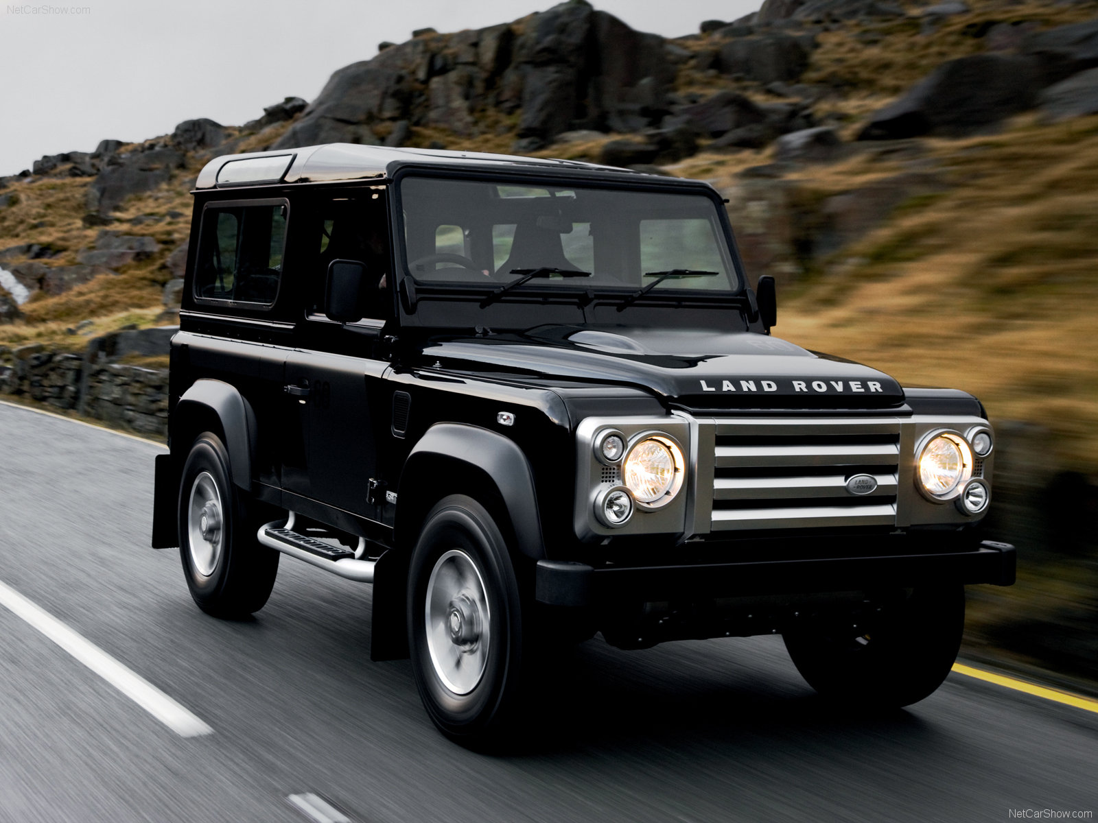 new cars models land rover defender. Black Bedroom Furniture Sets. Home Design Ideas