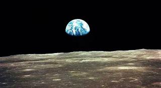 Manfaat Bulan Bagi Planet
