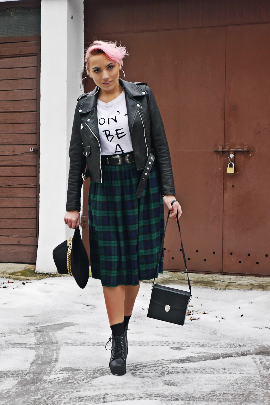 pink_hair_look_plaid_skirt_karyn_blog_050217