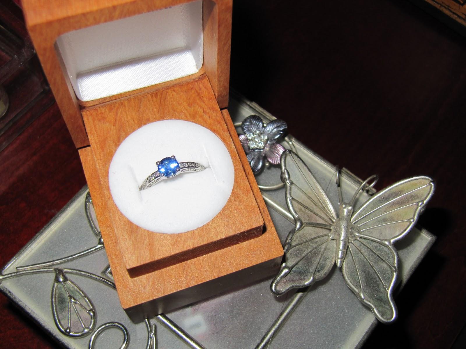 Top 10 Most Romantic Lesbian Wedding Proposals