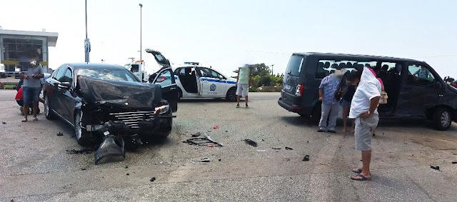 Τροχαίο με πέντε τραυματίες την Εθνική Οδό Ηγουμενίτσας - Πρεβεζας (+ΦΩΤΟ)