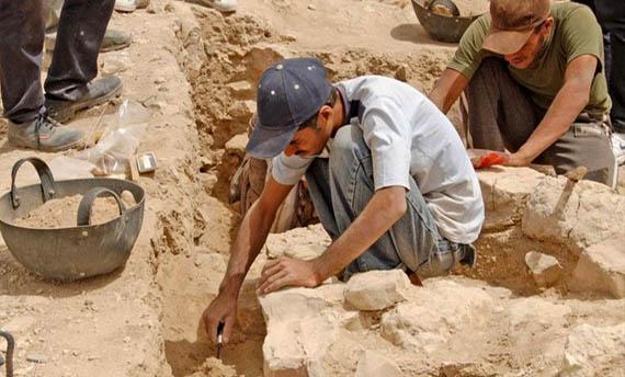 Metode Penelitian Sejarah Kumpulan Makalahku