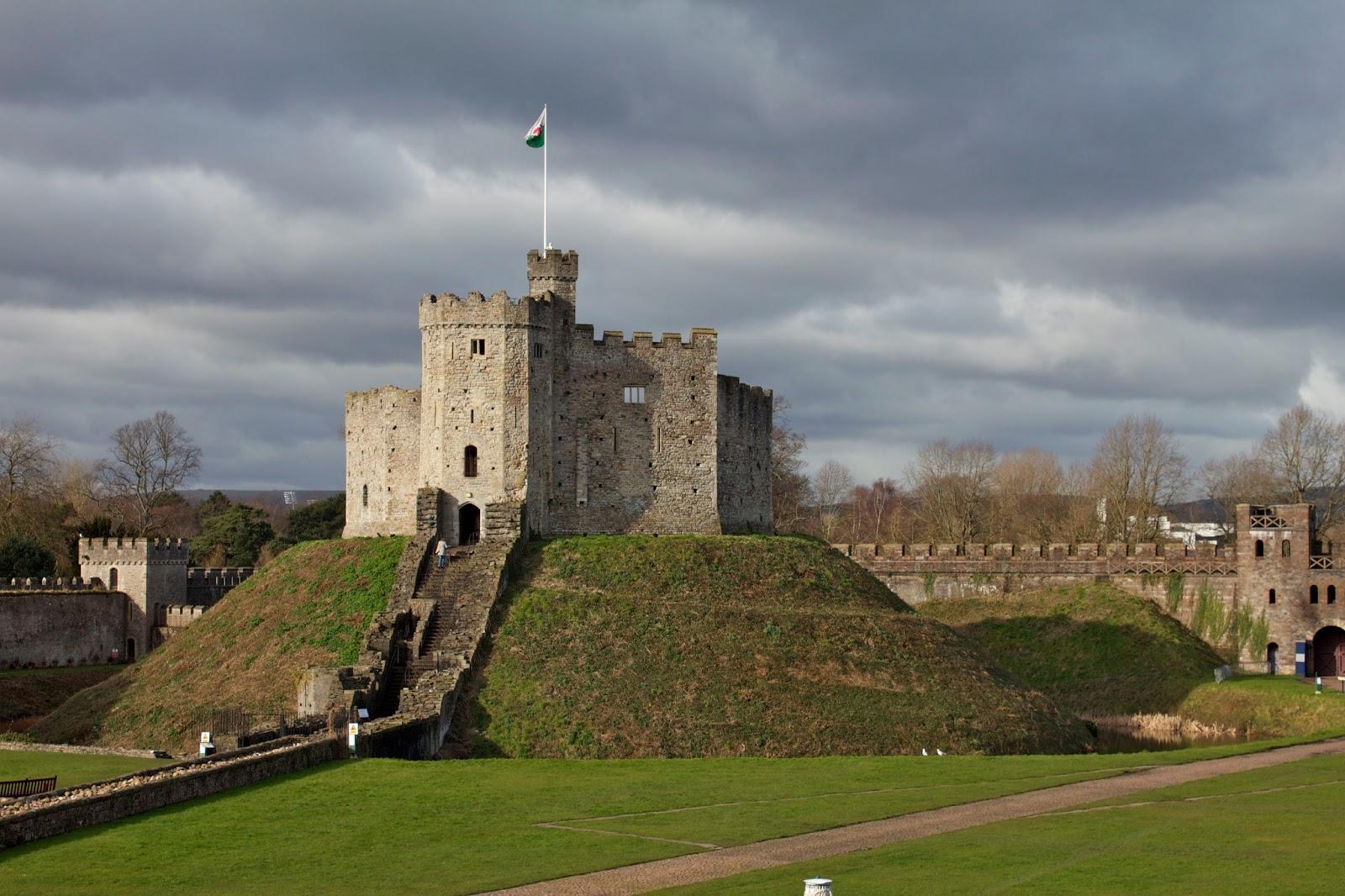 19 top cardiff castle - photo #21