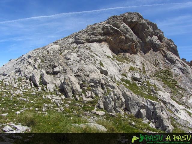 Último tramo a la cima del Escamellau