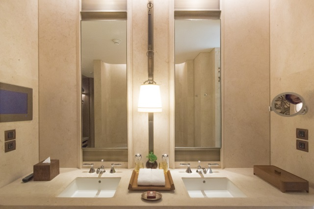 Bathroom at Waldorf Astoria Bangkok