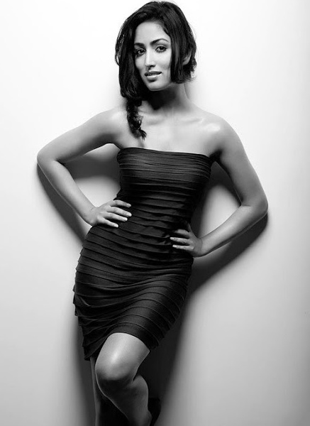 Yami-Gautam-Black-And-White-Photo