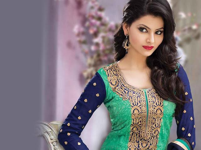 Indian Model Urvashi Rautela Latest Hot HD Wallpaper