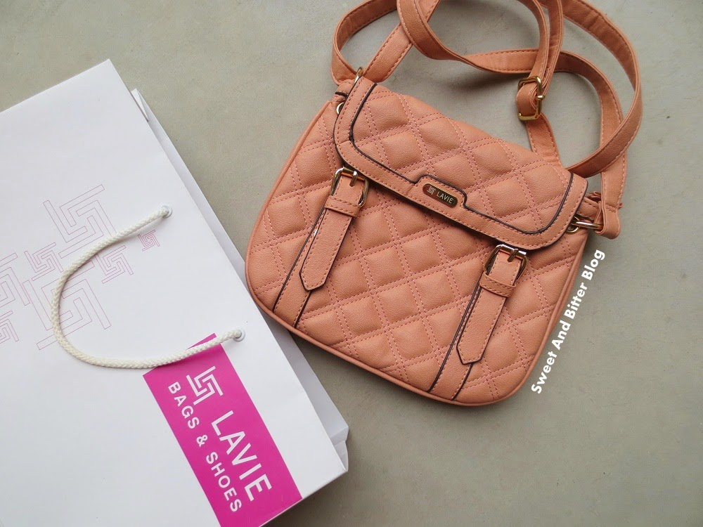 Lavie Peach Celebes Quilt Sling Bag