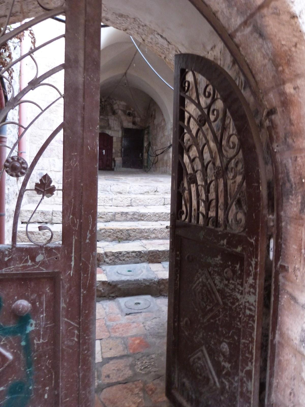 экскурсовод в Иерусалиме, в Израиле, гид по Иерусалиму, по Израилю, фрилансер, авторская экскурсия по Иерусалиму,