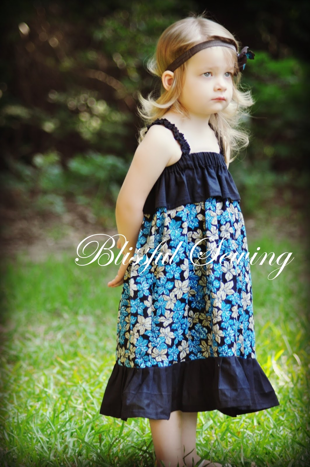 Easy Sewing Projects For Beginners: Sewing Patterns For Girls Dresses And Skirts: Sewing