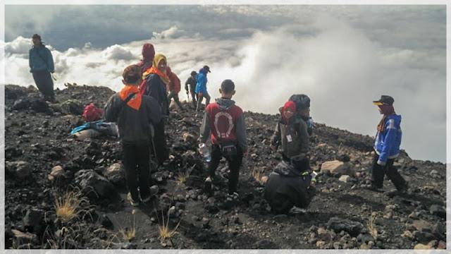 pendakian ke gunung slamet