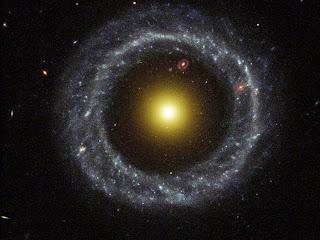 กาแล็กซีแหวน Ring galaxy