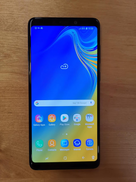 Samsung Galaxy A9 (2018) Experience and Review