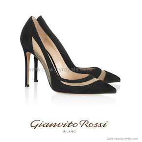 Crown Princess Mary Style Gianvito Rossi Black Mesh-Paneled Suede Pumps