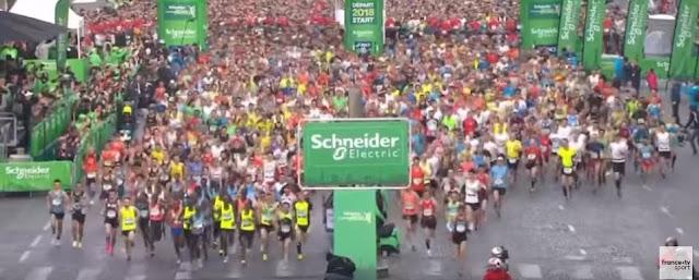 2018. ATHLÉTISME / MARATHON DE PARIS. Pour cette 42e édition du Marathon de  Paris, les femmes sont parties 16 minutes et 26 secondes ...