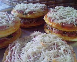 Pizza Teflon Simple dan Enak