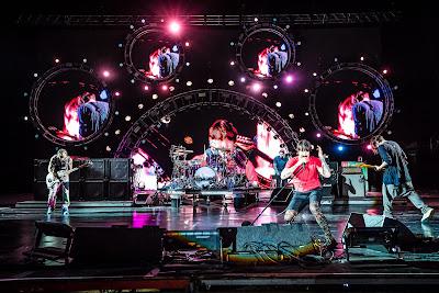 Un show épico: 100.000 personas vibraron con los Red Hot Chili Peppers en la jornada inaugural del Lollapalooza 2018 en Argentina