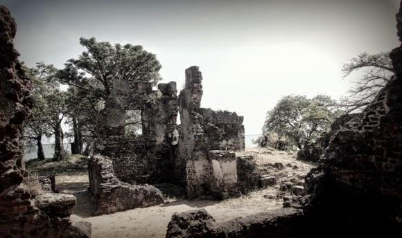 kunta kinteh island gambia