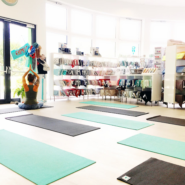 grinsestern, nähen ist mein yoga, nähliebe, yoga, gesund und fit