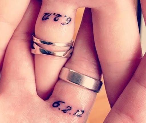 Estes data do casamento tatuagens