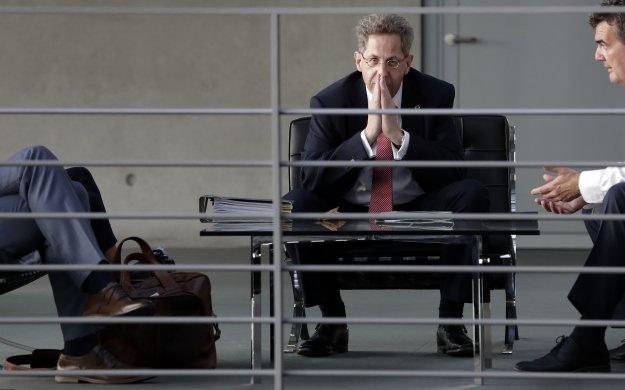 Γερμανία: Σε διαθεσιμότητα ο πρώην επικεφαλής των γερμανικών μυστικών υπηρεσιών