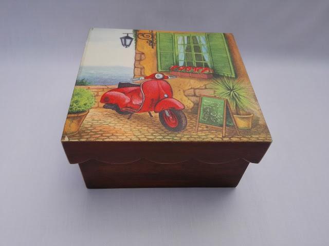 Caja-decoupage-Vespa