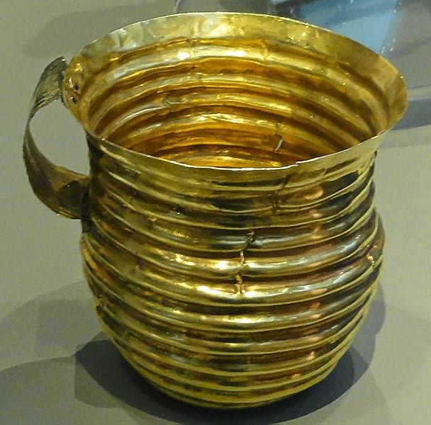 The Rillaton Cup