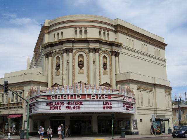 Grand Lake Theatre in Oakland
