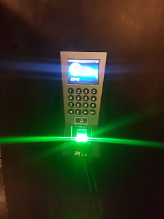 Biometric Attendance Machine with Access Controller Door Lock