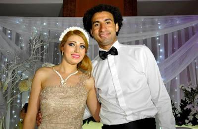 علي ربيع وزوجته في حفل زفافهما