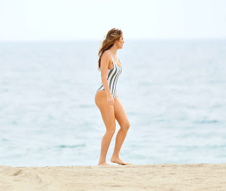 Bella Thorne, Bella Thorne Swimsuit, Bella Thorne Photoshoot