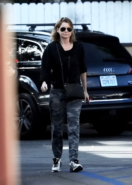 Actress, @ Ellen Pompeo - Grocery shopping in LA