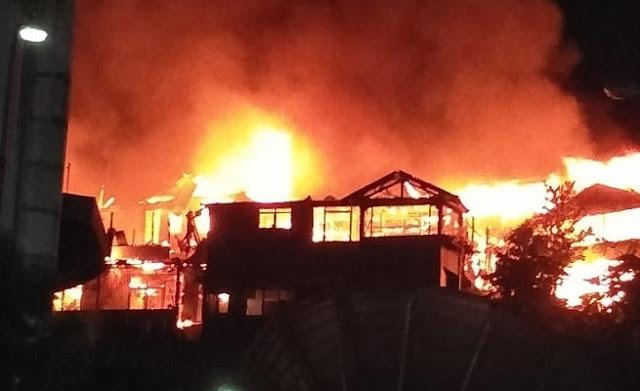Kebakaran di APO Bukit Barisan, PLN Jayapura Matikan Aliran Listrik di Sejumlah Lokasi