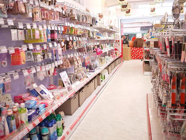 P1290291 - 【熱血採訪】台中日本零食購物│逢甲安藤藥妝生活百貨讓你不用去日本也能買日貨貨(已結束營業