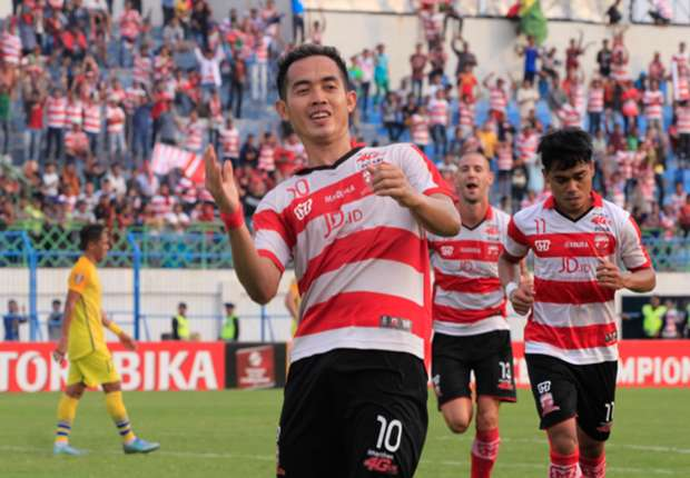 Madura United vs Gresik United