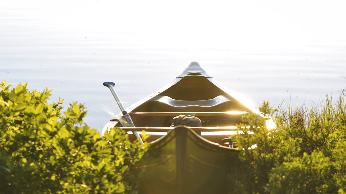 Wallpaper: Canoe during the Summer Solstice Sunset